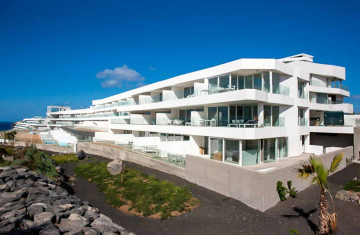 Portugal - Hotels, hospital and residential building